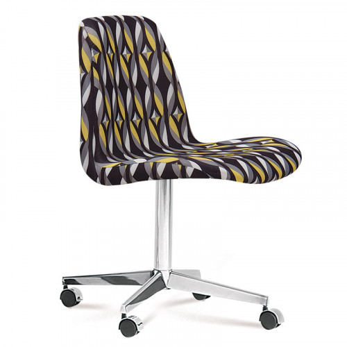 Cadeira Office Eames Estofada